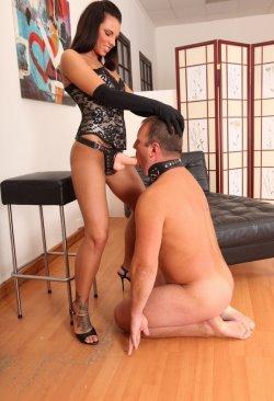 russian mistress pics 17